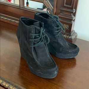 Nine West Shoes - Nine West wedge booties size 7